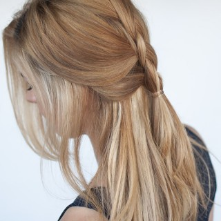 Easy everyday hair – Half-up Dutch braid tutorial