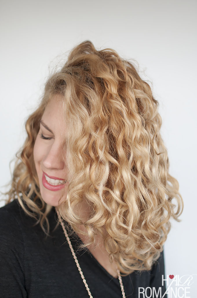how to style curly wavy hair how to style curly hair for frizz free curls 1727