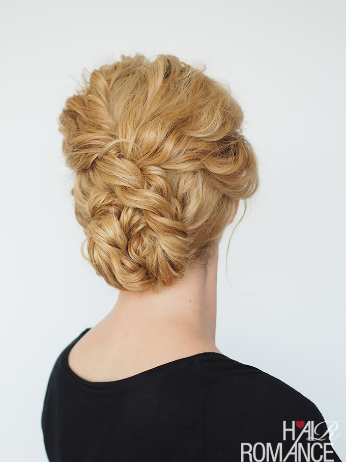 Hair Romance - quick updo for curly hair