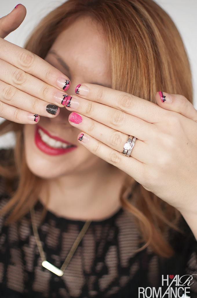 Hair Romance - Glitter and bows nail art tutorial