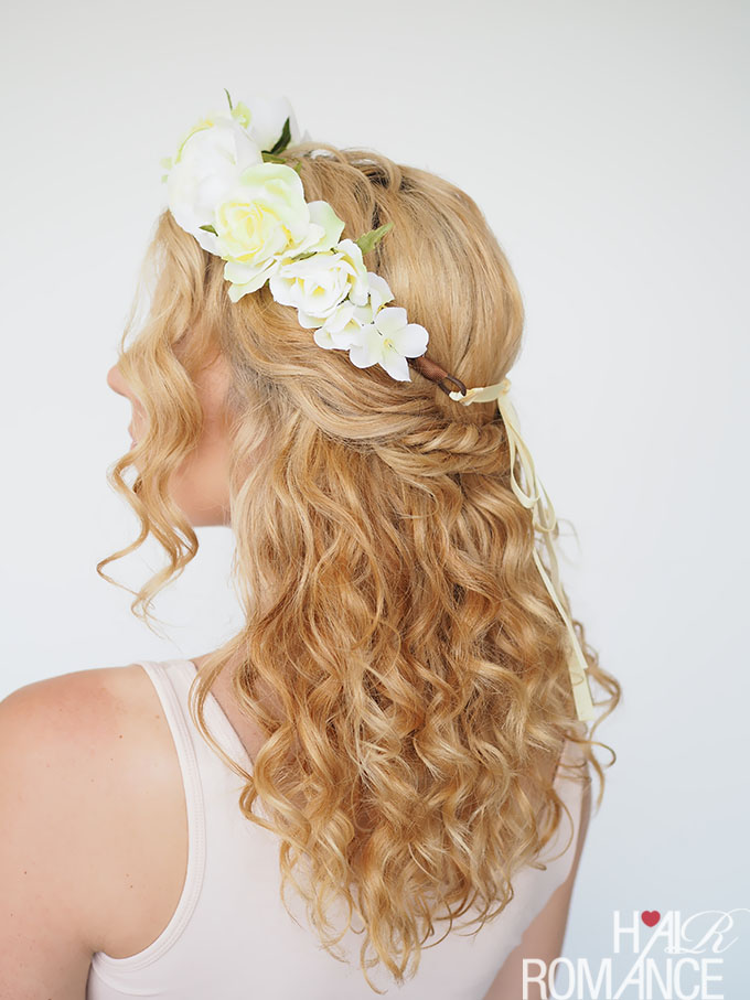 2 ways to wear a flower crown - Hair Romance 20d6c2c7e1c
