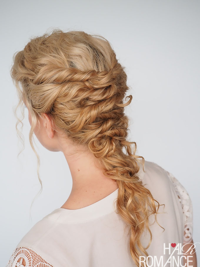 Hair Romance - 30 Curly Hairstyles in 30 Days