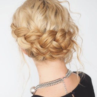 30 Curly Hairstyles in 30 Days – Day 8