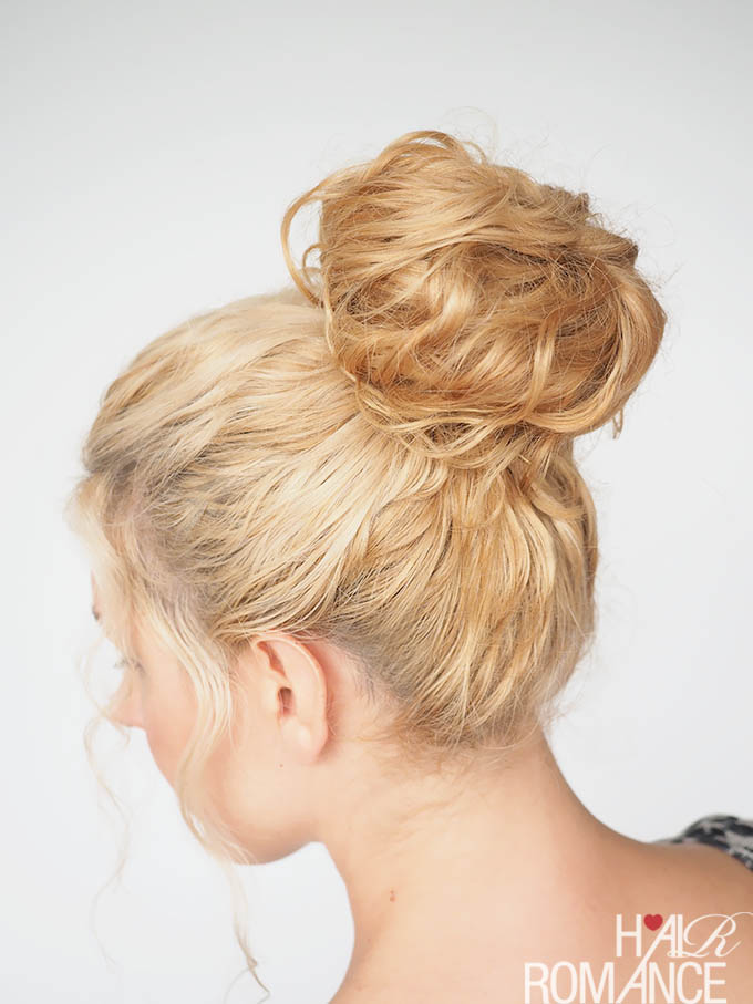 Hair Romance - 30 Curly Hairstyles in 30 Days - Day 23 - Donut Bun