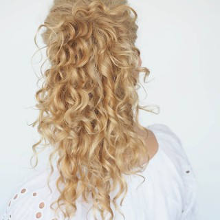 30 Curly Hairstyles in 30 Days – Day 29