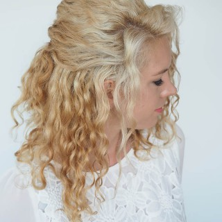 30 Curly Hairstyles in 30 Days – Day 6