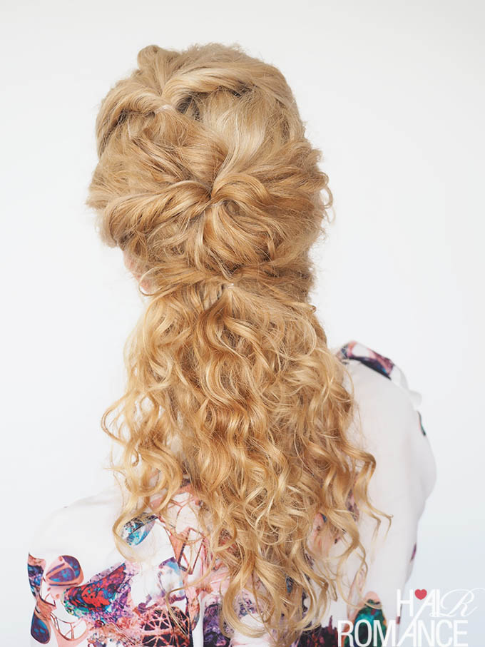 Hair Romance - 30 Curly Hairstyles in 30 Days - Day 7 - the topsy twist ponytail