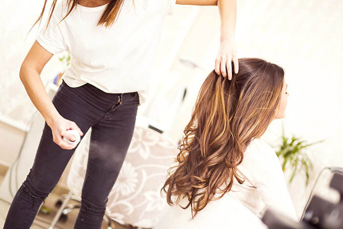 Hair Romance - 5 things you shouldn''t say to your hairdresser
