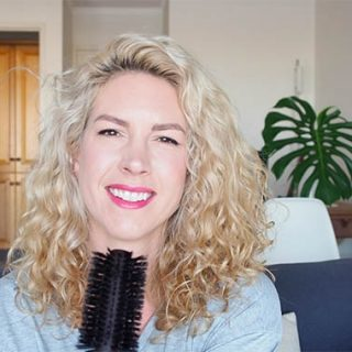 Q&A Video! My advice to those hating on their curly hair, product tips, frizz and my fave meal of the day