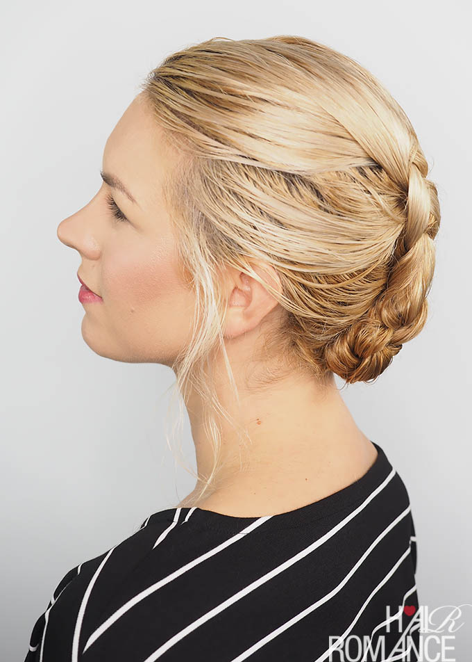 Hair Romance - 2 min easy braid tutorial in wet hair