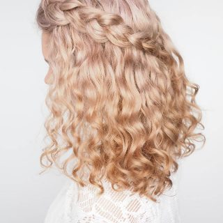 Tips for braiding curly hair (plus a quick tutorial!)